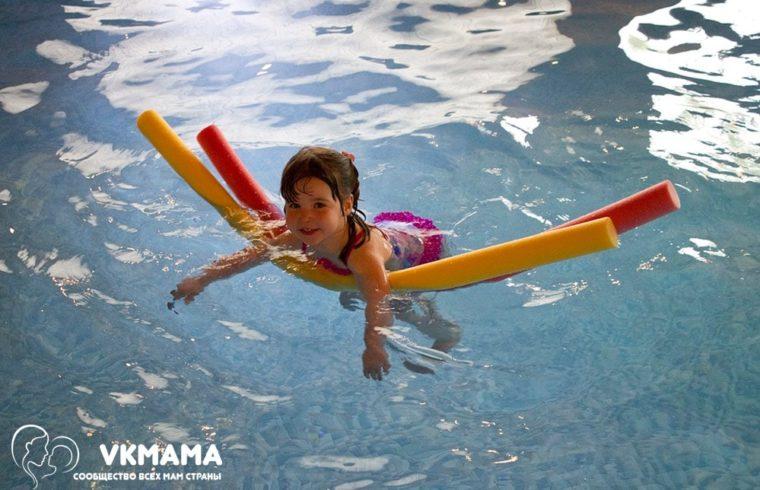 В дошкольном возрасте ребенок должен получать не только интелектуальное развитие, но и физическое. Занятие спортом положительно сказывается на здоровье, укрепляет ребенка физически и заряжает необходимой энергией.