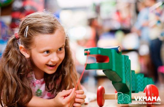 Опасные предметы в доме, которые нужно держать подальше от маленьких детей